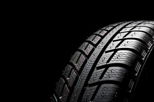 Assurance auto : Le pneu intelligent pour baisser les tarifs ?