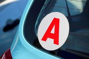 Astuces assurance auto jeunes conducteurs