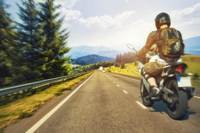 La chaleur estivale augmente le danger en deux-roues