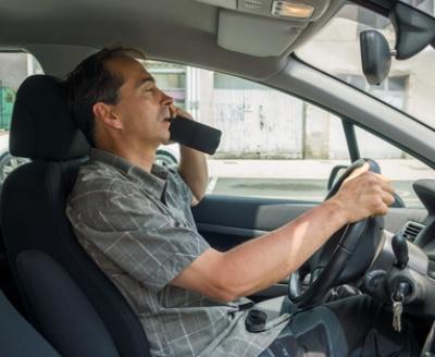Le téléphone au volant : le résultat d'une addiction ?